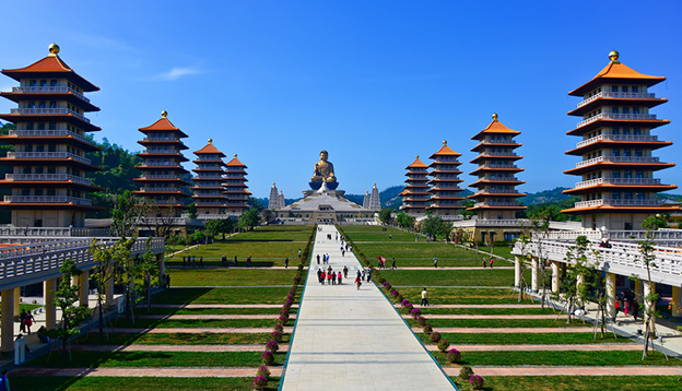 Temple in Kaohsiung, Taiwan. Photo Credit: Shutterstock